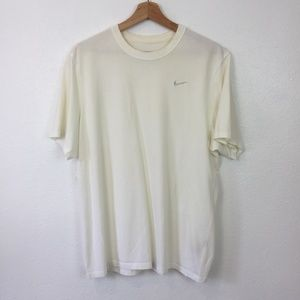Nike Sports Tee Dri-Fit Short Sleeve Size L